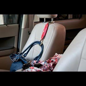 handbag handcuff